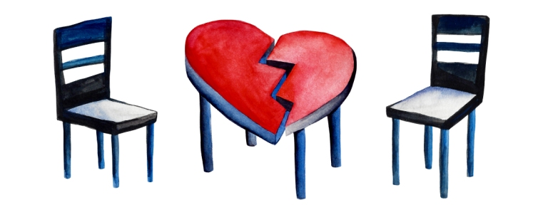 Closure broken heart table and chairs